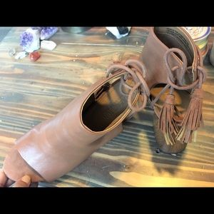 Kenneth Cole Reaction Shoes - NEW| Kenneth Cole | Peep Toe Bootie| Leather|